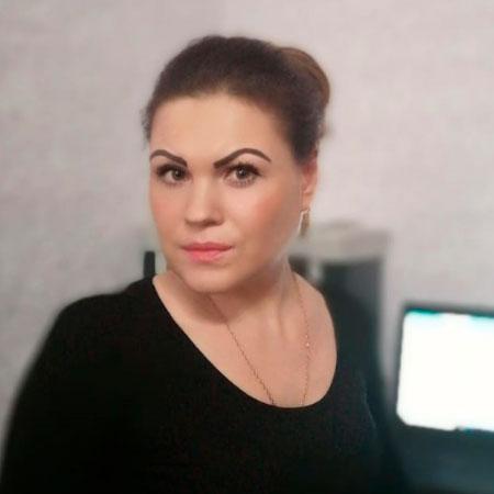 Тюменева Оксана Юрьевна, Главный бухгалтер